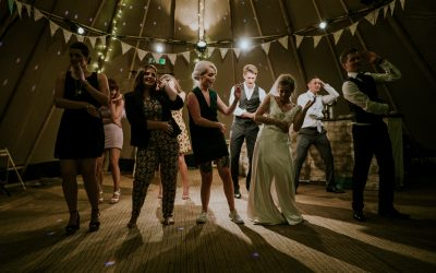 FINDING THE PERFECT ENTERTAINMENT FOR MY WEDDING DAY | PART 1
